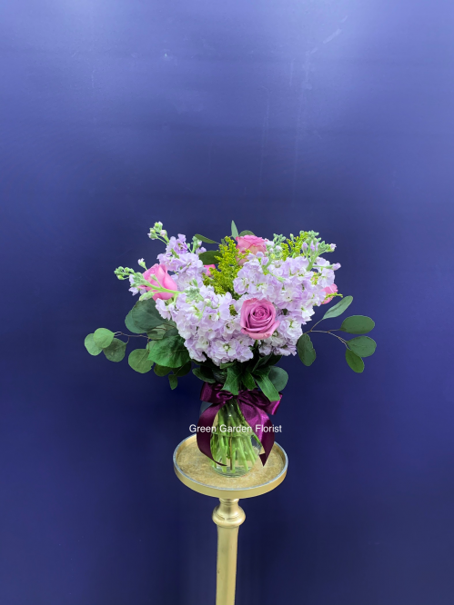 Stunning Beauty Vase Arrangement (20-102)