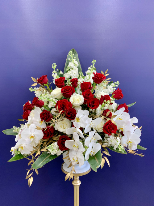 Red, White and Gold Arrangement (19-139)