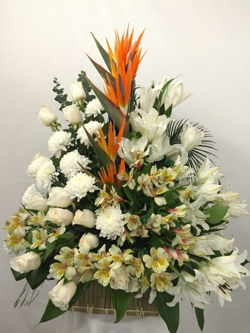 Beautiful Memories Arrangement (1807)